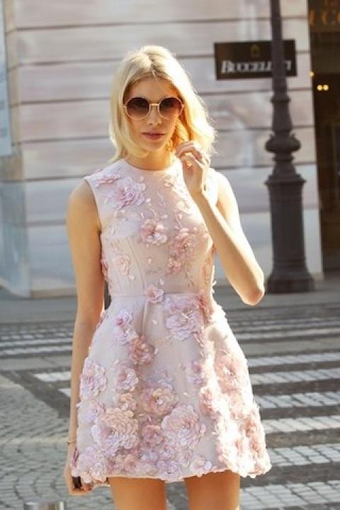 Платья в стиле беби долл на звездах